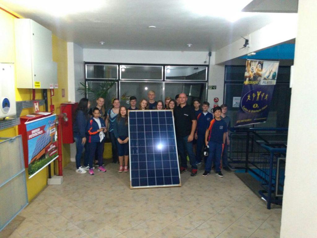 visita a Mini Usina Solar Fotovoltaica